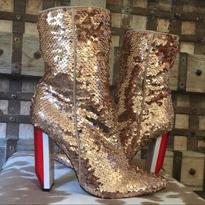 CAPE ROBBIN ~ sequin boots